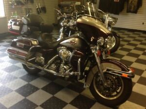 2007 Harley Davidson Ultra Classic...Chromed out!