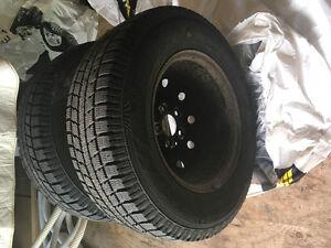2 pneus d'hiver Toyo / 2 pneus d'hiver Blizzak Saguenay Saguenay-Lac-Saint-Jean image 1