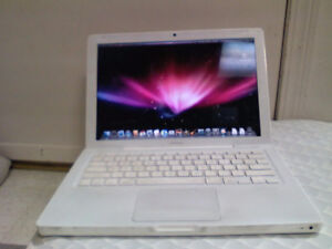 Mac book white 2008