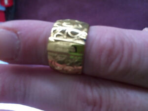 Size 8 Coach ring