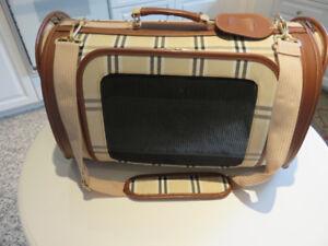 sac de transport de luxe style burberry pour chien ou chat comm