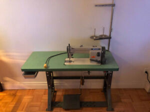 Excellent LS2-1280 Mitsubishi Sewing Machine with table