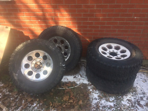 Wanted 17 inch ford 8x170 8 bolt  Rims and tires