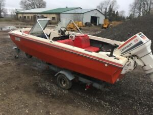 18 FOOT BOW RIDER BOAT MOTOR AND TRAILER ONLY$1000