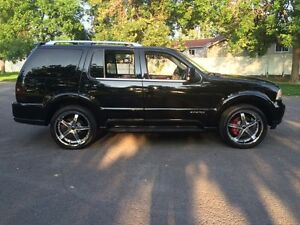 "4X4 , VUS , Lincoln Aviator 2005 Ultimate , MAG 22"" Crome"