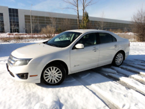 FORD FUSION HYBRID  A GAS SAVER SEDAN CERTIFIED E-TESTED