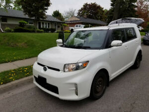 2014 Scion xB - 157600km - Winter & Summer Rims and Tires