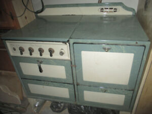 1940 's Oxford Universal Gas Stove
