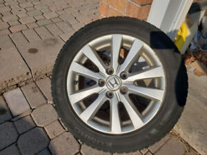 16 inch Kumho Solus HA31 all-weather tires on OEM Honda rims!