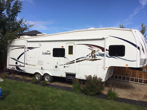 2009 Forest River Wildcat 32QBBS