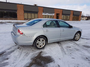 2006 Ford Fusion SAFETIED / E-TESTED / WARRANTY INCLUDED London Ontario image 4