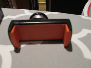 Brand New- never used Magnetic Car Phone Holder