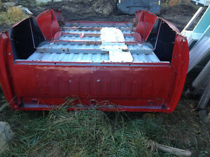 2009-14 GMC Bed Box , Bright red with marker lights Strathcona County Edmonton Area image 5