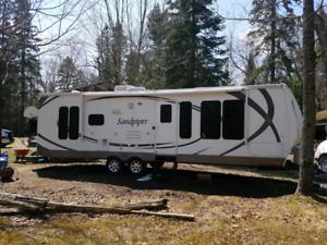 2010 Sandpiper 292RL for trade or sale