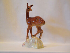 VINTAGE BESWICK 696 FAWN - 8 INCHES TALL