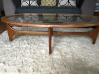 Retro Stonehill statesmen oval teak coffee table