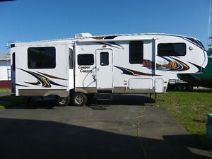 Beautiful 2011 27.3 Foot Copper Canyon $27.000 Or Best Offer.