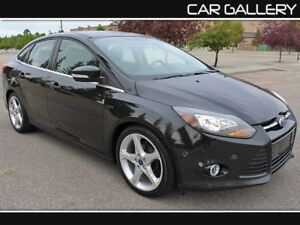 2012 Ford Focus Titanium w/Leather, Sunroof, BackUp Cam $99B/W Y