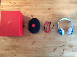Beats by dre solo baby blue