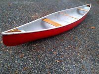 Canoe and accessories