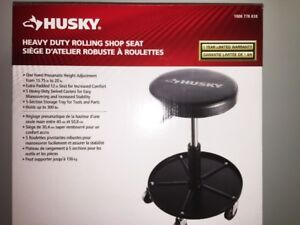 HUSKY Heavy-Duty Rolling Shop Seat