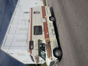 1985 Chev 22' Motorhome - Reduced Price