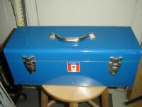 METAL TOOL BOX WITH TRAY