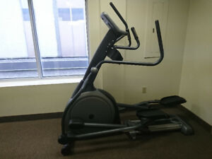 elliptical great condition Vision Fitness