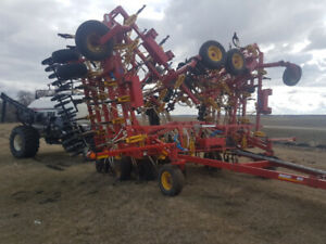 60 ft. Bourgault 8810/6450