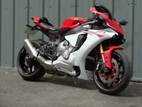 YAMAHA R1 SPORTS MOTORCYCLE