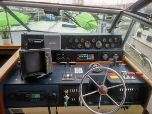 1987 SEA RAY 390 Express Cruiser Kitchener / Waterloo Kitchener Area image 10