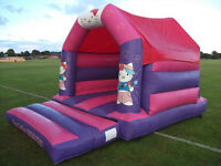 COMMERCIAL GRADE HELLO KITTY BOUNCY CASTLE