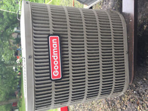 Excellent Used Seer 13 - 1-1/2 Ton ac with A coil