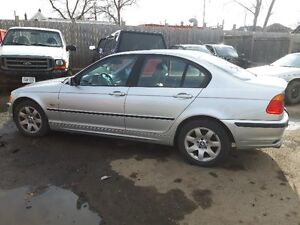 Parting Out 2001 BMW 325XI