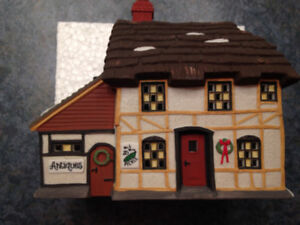 DEPARTMENT 56 - DICKENS - MR & MRS PICKLE COTTAGE - #58246 - H90