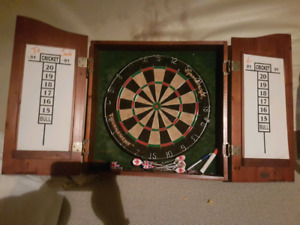 Dartboard and wood case