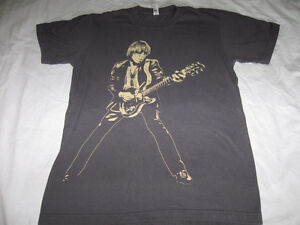 Tom Petty Tour T-shirt-Men's Small-Quality used clothing