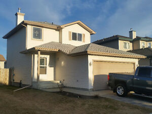 2 STOREY home - SPRUCE GROVE