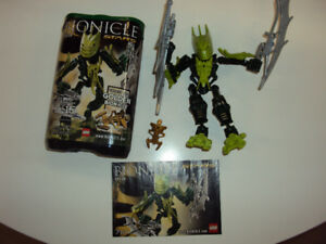 Bionicle: Gresh (complete with booklet and canister)