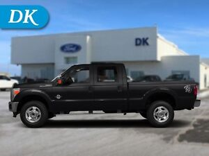 2016 Ford F-350 Crew Cab Diesel Platinum w/Leather and Nav!