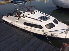 Shetland 570 with 2004 60 hp Mercury outboard engine