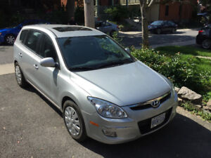2009 Hyundai Elantra Touring Hatchback with SunRoof