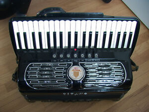 TITANO Stroller Accordian