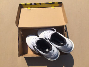 Tennis shoes_Adidas Energy Boost_Size 8