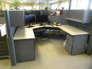 Awesome deal 12 giant 8x8 workstations great condition