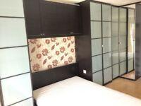 Double Room Near Canary Wharf - E14 7DW