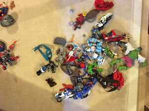 HUGE lot of toys. MARVEL,DC, HOTWHEELS and more! More pics on ad