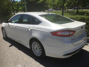 2015 Ford Fusion SE Hybrid, Tax Including