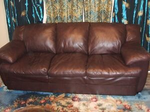 100% SOFT LEATHER COUCH