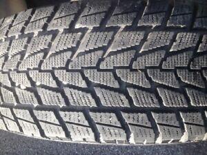 4 pneu hiver toyo open contry 265-70-r17